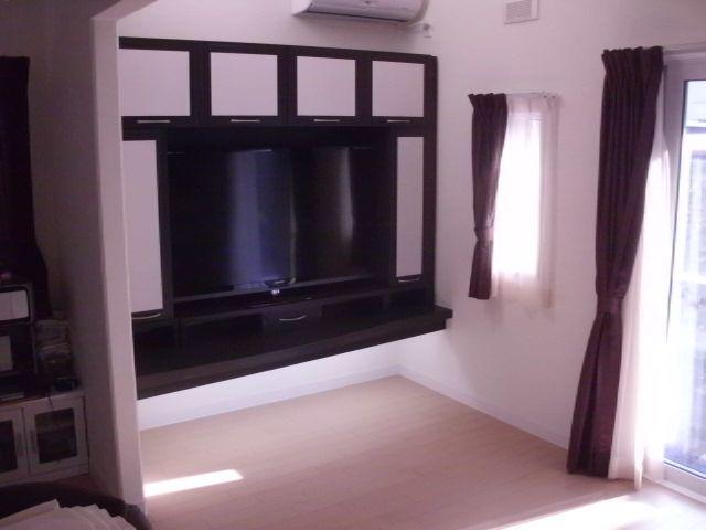 壁面TV台収納1