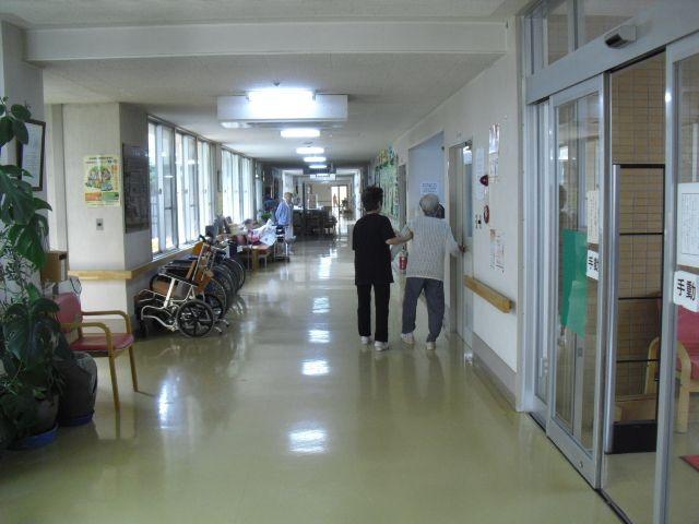 介護施設の間仕切り什器15