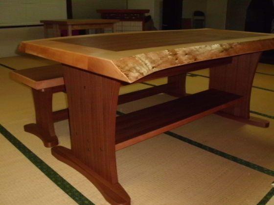 みずめ桜の無垢とチーク突板のテーブル&ベンチ5