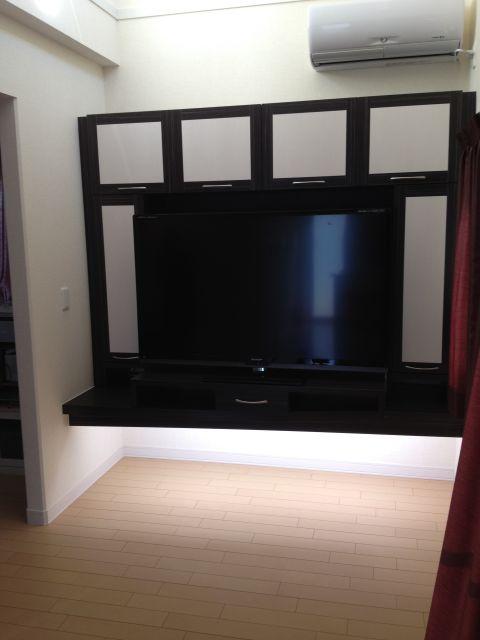 壁面TV収納2