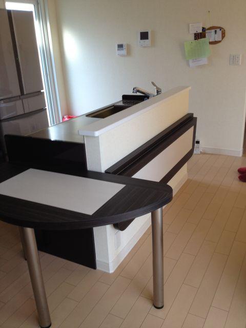 ダイニングテーブル&折りたたみカウンター2